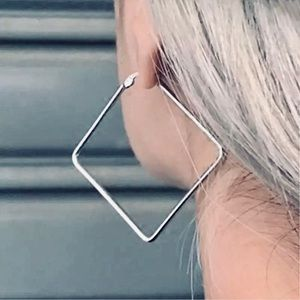 🌟COMING SOON🌟Square Hoops